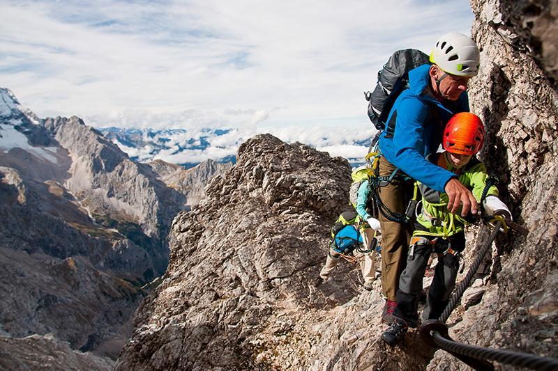Klettersteig-Edelrid-Actionpic